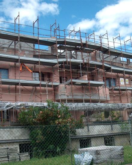 Manutenzione straordinaria di facciate e terrazzi